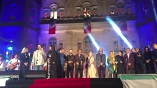 سورپرایز پایانی جشن خانه سینما : اجرای آهنگ ای ایران توسط بازیگران