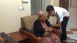 محمد امین کریم پور و مادر بزرگش