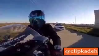 جواب دندان شکن موتور سوار به پلیس :))