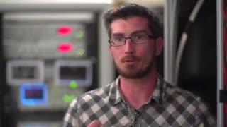 دانشمندان با متوقف کردن نور، کامپیوتر های کوانتومی را یک قدم به واقعیت نزدیک تر کردند