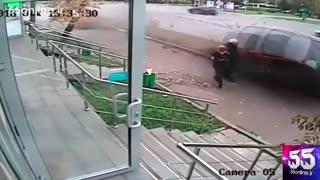 برخورد وحشتناک و مرگبار خودرو با عابر پیاده