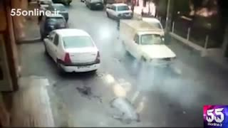 تلاش خطرناک و دیوانهوار راننده وانت پیکان برای فرار