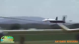 جت جنگنده اف-35 در برابر سوخو-35