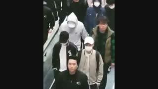 پارت 3 اثبات ریل بودن چانبک^^ لنگ زدن بکهیون در فرودگاه