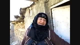 پیرزن مریوانی در سایه توجه «ویژه» دولت به معیشت مردم، 10 ساله شد! +فیلم