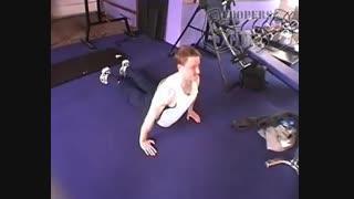نمایش فیلم آموزش حرکات بدنسازی سینه شنای هیندو
