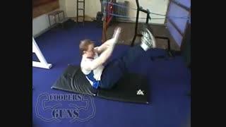 نمایش فیلم آموزش حرکات بدنسازی شکم حرکت V (وی آپ)