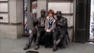 زندگی مجسمه ای راهزنان مست در لندن