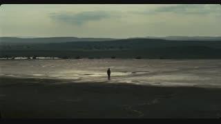 فیلم سینمائی ایرانی رقص در غبار فیلمی از اصغر فرهادی