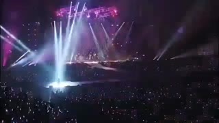 کنسرت پسرا که کشته زیاد داده بیرون :/ Exo