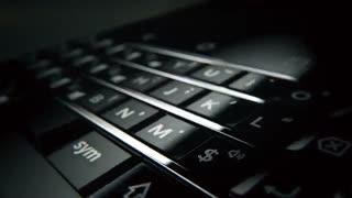 شهرسختافزار: ویدئویی از گوشی زیبای BlackBerry Mercury منتشر شد