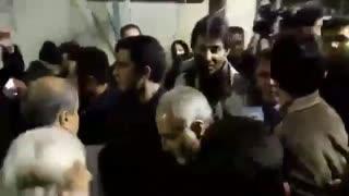 فیلم حضور حاج قاسم سلیمانی در حسینیه جماران