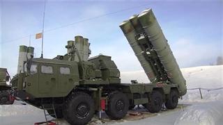 روسیه سامانۀ اس-400 مسکو را در حالت آمادهباش قرارداد
