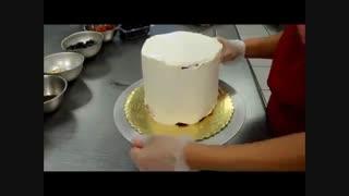 در ست کردن کیک با هندوانه