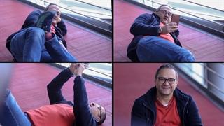 حرکات و ژست های بامزه رامبد جوان در فرش قرمز فیلم «نگار» | منظوم