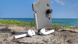 داخل هدفون بی سیم اپل (Apple Airpod )  چه چیزی است ؟