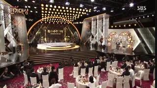 جشنواره SBS Drama Award 2016 با حضور بازیگران سریال افسانه دریای آبی + عاشقان ماه پارت آخر با زیرنویس فارسی