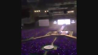 نمایش زیبای ارمی بمبا در کنسرت وینگز^^