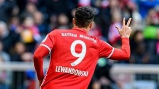 خلاصه بازی : بایرن مونیخ  8 - 0  هامبورگ (هتریک لواندوفسکی)